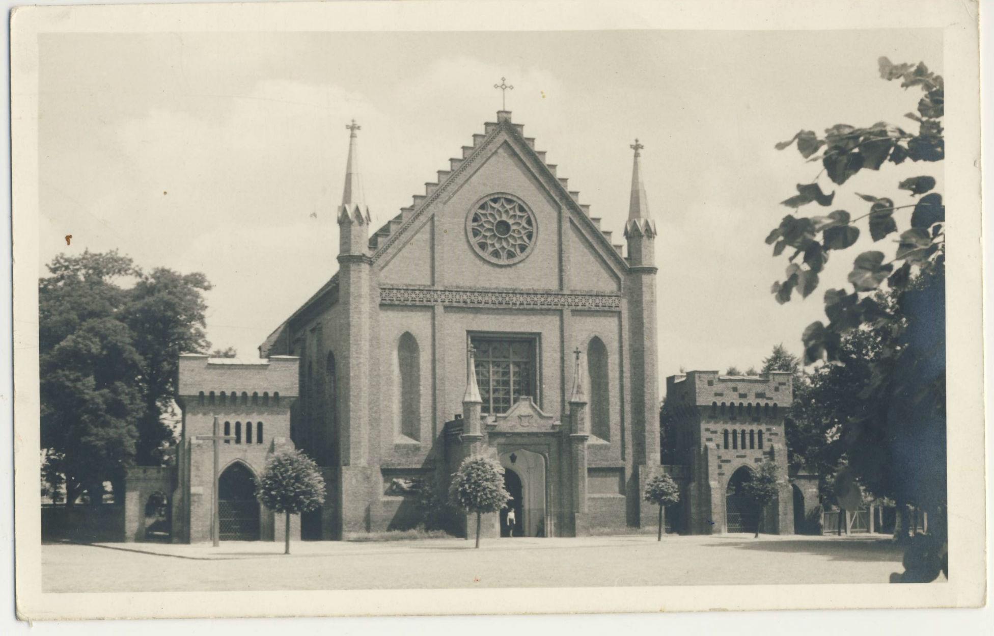 kórnik kościół