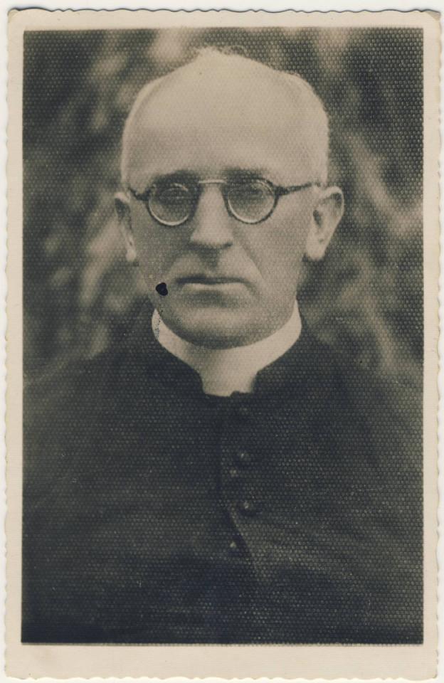 Ksiądz proboszcz Mieczysław Matuszek