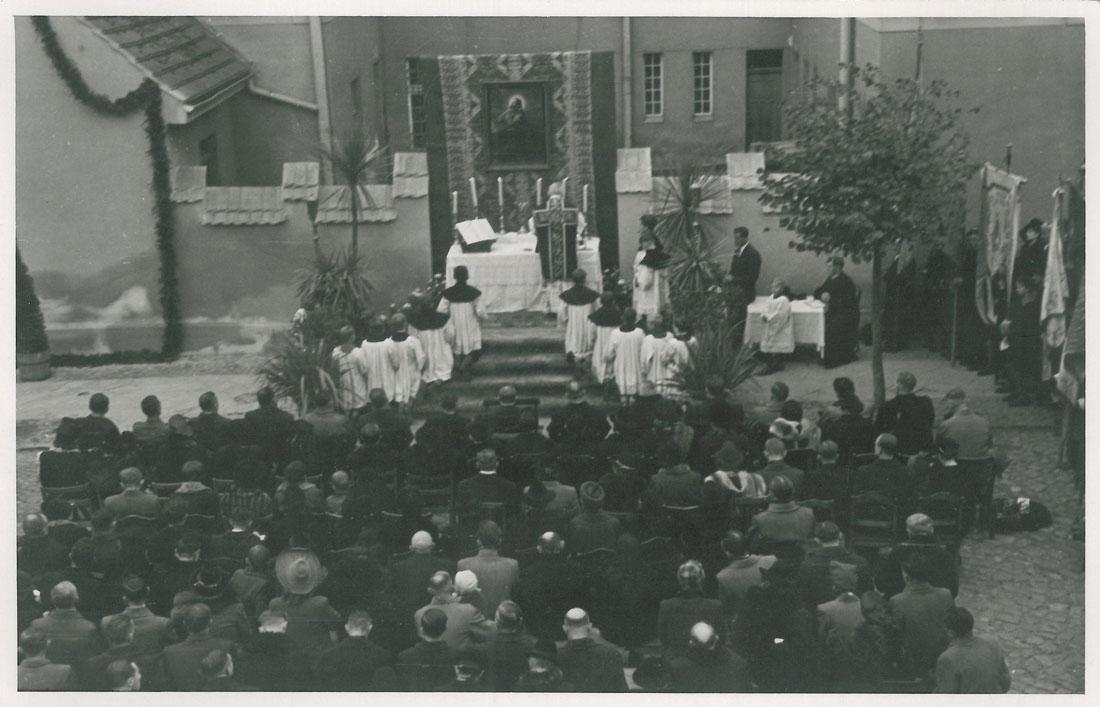 odsloniecie-tablicy-zostrzelanych-kornik-3-1945-strona