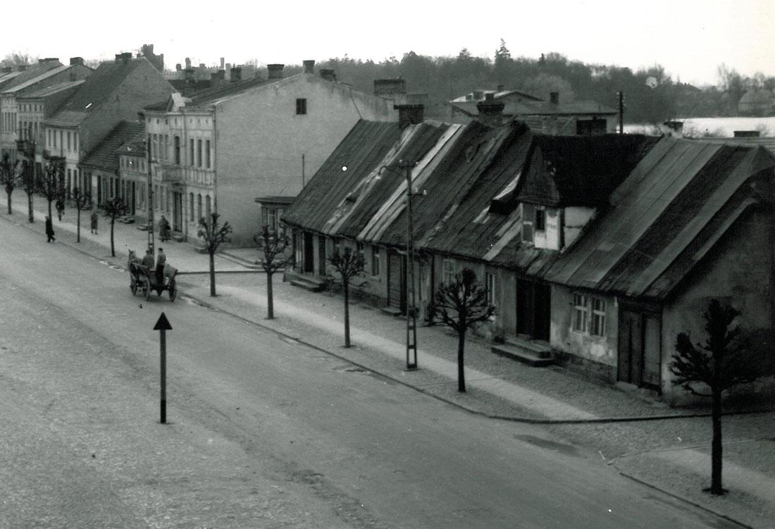 Domy – Plac Niepodległości