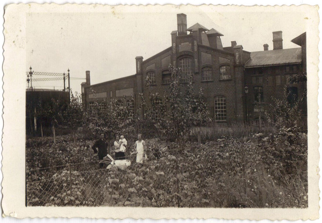 Ogród przed gazownią w Kórniku