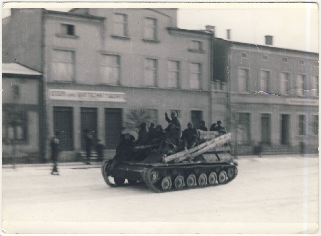 Kórnik Plac Niepodległości 1945