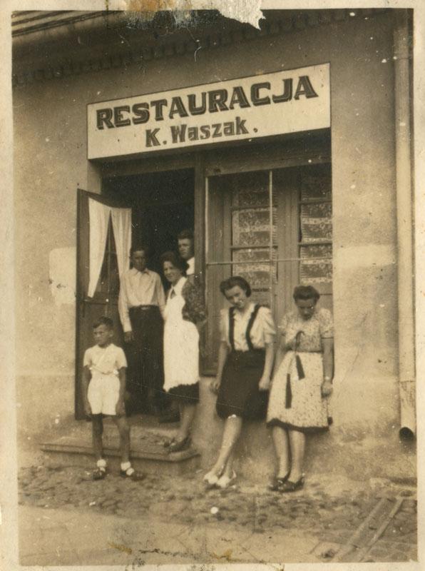 Restauracja Katarzyna Waszak Kórnik 1942