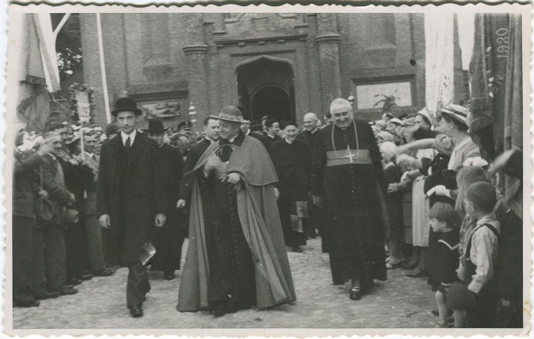 500-lecie Parafii Wszystkich Świętych w Kórniku - Hlond i Okoniewski