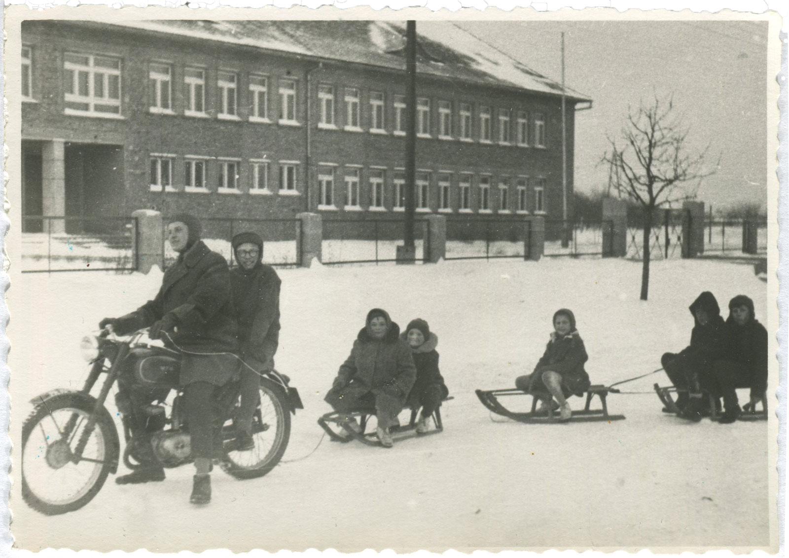 Kórnik, ul. Dworcowa, Szkoła Podstawowa nr 1 - 1960