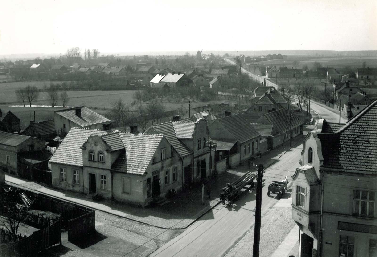 Widok z wieży ratusza w Bninie na południowy zachód - 1961 rok
