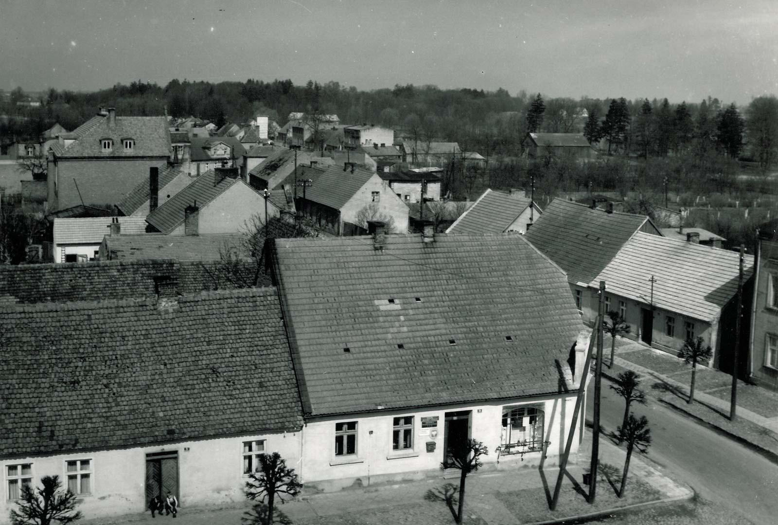 Widok z wieży ratusza w Bninie