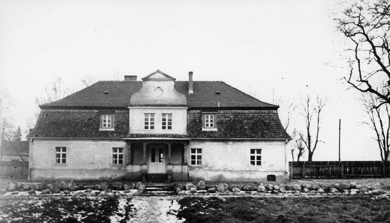Siedziba dyrekcji Ogrodów Kórnickich - początek XX wieku