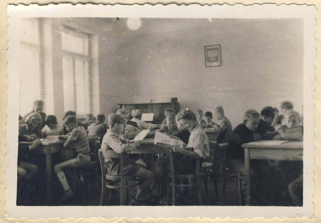Rozpoczęcie roku szkolnego 1953 - Kórnik - świetlica