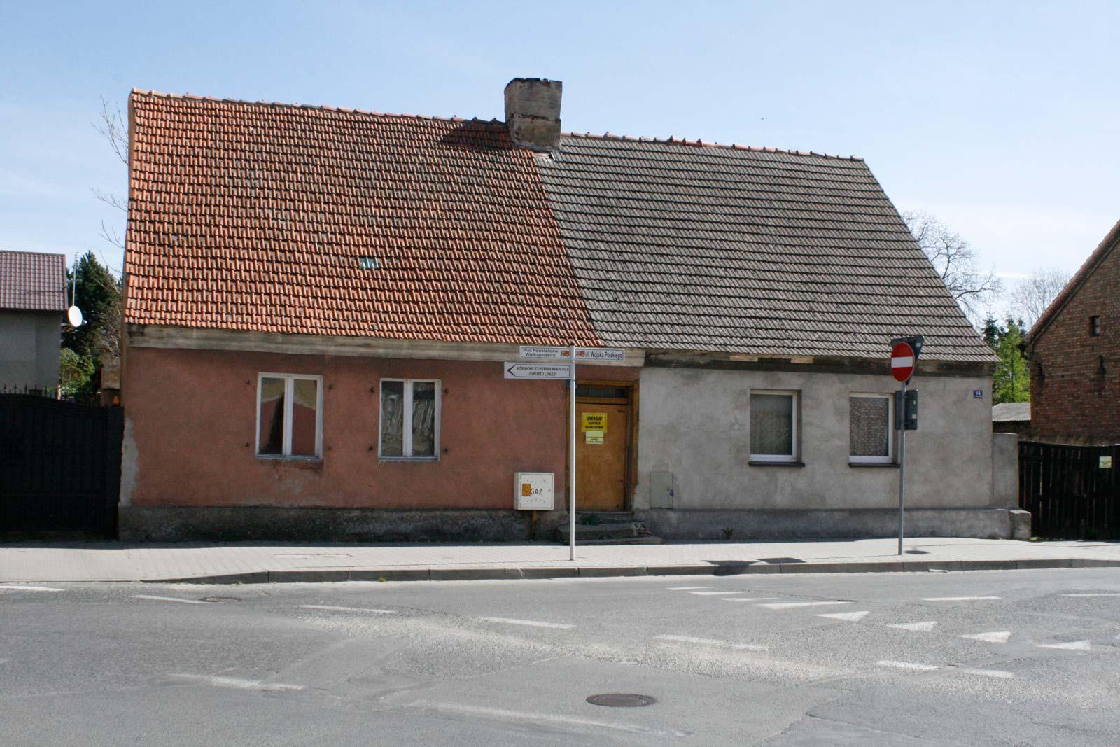 Plac Powstańców Wlkp 13 i 14
